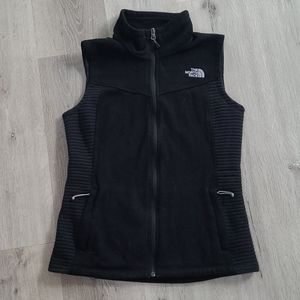 THE NORTH FACE vest || small